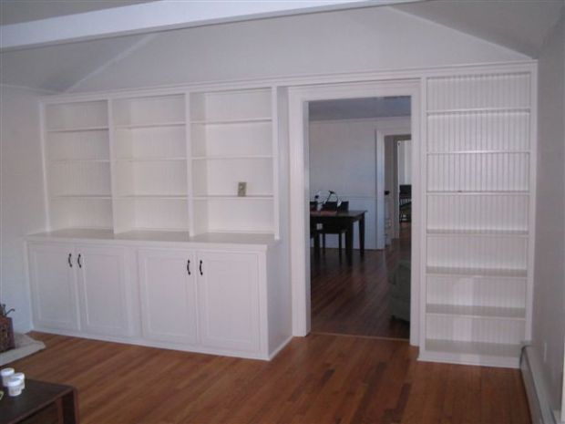 bookshelvesunpainted